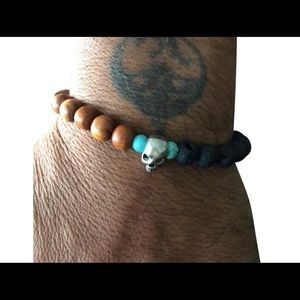 Jewelry - turquoise beads with steel skull & black lava